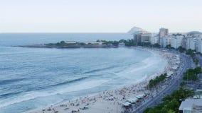 Czasu upływ Copacabana plaża, Rio De Janeiro, Brazylia przeglądał z góry zbiory wideo