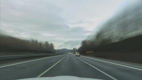 Czasu upływ jeżdżenie na długim Niemieckim Autobahn A7 na miejscu między Fulda i Kassel zbiory