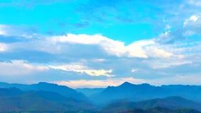 Czasu upływ, krajobraz chmura ruch zdjęcie wideo