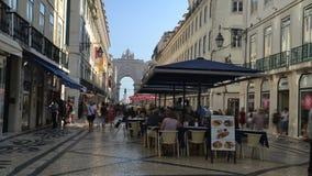 Czasu upływ pedestrians w Augusta ulicie, Lisbon, Portugalia zbiory wideo