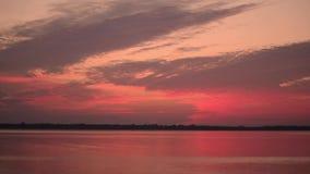 Czasu upływ przekształcać kolorowe chmury przed wschodem słońca zdjęcie wideo