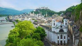 Czasu upływ Salzburg miasta linia horyzontu w Salzburg, Austria timelapse 4K zdjęcie wideo