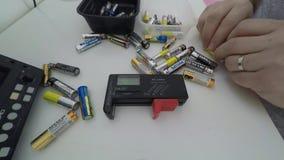 Czasu upływ sprawdzać bateryjnego użycie zdjęcie wideo
