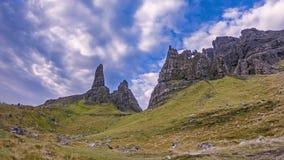 Czasu upływ stary człowiek Stora w jesieni - wyspa Skye, Szkocja zdjęcie wideo