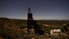 Czasu upływ zapamiętanie kopalnia złota przy nocą - 4K zbiory