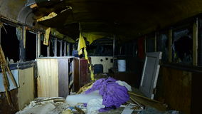 Czasu upływu Dolly zapamiętanie autobus przy nocą w pustyni przy nocą zdjęcie wideo
