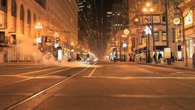 Czasu upływu San Fransisco miasta ulicy przy nocą - klamerka 1 zbiory