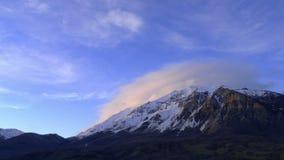 Czasu upływu wschód słońca zmierzch nad górami zdjęcie wideo