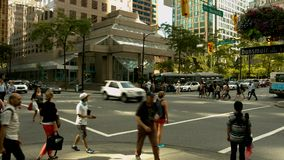 Czasu upływu ruch drogowy i ludzie zbiory