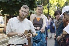 Czasy i epoki są seriami dziejowi festiwale w Moskwa który dedykuje odbudowa pewny, zdjęcia stock