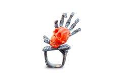 Czaszka złoty pierścionek Zdjęcia Royalty Free