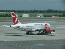 Czech Airlines Airbus A319 em Praga Imagem de Stock Royalty Free