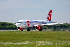 Czech Airlines (CSA) flygbuss A319 Arkivfoto