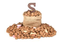 Czekolad listowe i imbirowe dokrętki, Holenderscy cukierki przy 5 Grudniem Zdjęcie Stock