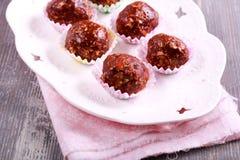 Czekolada i owocowi domowej roboty cukierki Obrazy Stock