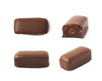 Czekolada - pokryty cukierku bar odizolowywający Obraz Stock