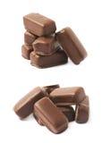 Czekolada - pokryty cukierku bar odizolowywający Fotografia Stock