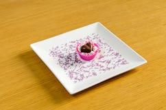 czekoladki głębokości pola w kształcie serca krótko Fotografia Stock