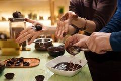 czekoladki ręcznie Zdjęcia Royalty Free