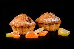 Czekoladowego ciastka tortowy i owocowy cukierku zakończenie Obrazy Royalty Free