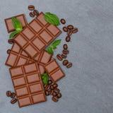 Czekoladowego mleka czekolad baru jedzenia kwadrata cukierki krytykują copyspace Zdjęcie Royalty Free
