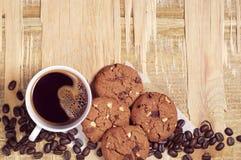 Czekoladowi ciastka i kawa Zdjęcie Royalty Free
