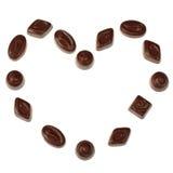 czekoladowy cukierku serce odizolowywający robić zdjęcie royalty free