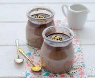 czekoladowy deserowy szklany słój Zdjęcie Royalty Free