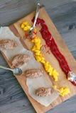 Czekoladowy i mangowy mousse Obraz Royalty Free