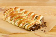 Czekoladowy kulebiak na kucharstwo papierze Zdjęcie Stock