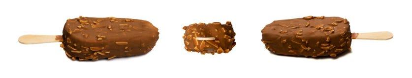 Czekoladowy Migdałowy Popsicle lody bar Odizolowywający zdjęcie stock