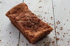 Czekoladowy tort Domowej roboty z kraciastą czekoladą Zdjęcie Royalty Free