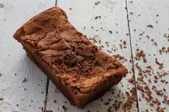 Czekoladowy tort Domowej roboty z kraciastą czekoladą Obraz Stock