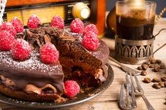 Czekoladowy tort i Turecka kawa - rocznika styl obraz stock