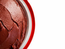 Czekoladowy tort na talerzu Odizolowywającym Obraz Stock