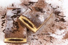 Czekoladowy tort z cacao i czekoladą Fotografia Royalty Free