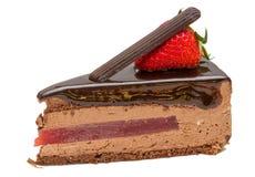 Czekoladowy tort z truskawką Fotografia Royalty Free
