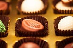 czekolady Asortyment świetne zmroku, brown i białych czekolady, Zdjęcia Stock
