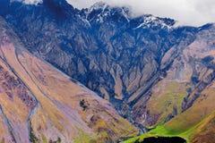 Czerń ślada rzeka na wzgórzu góra Obrazy Royalty Free
