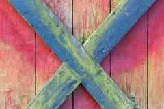 Czerń i czerwony krzyż Zdjęcia Royalty Free