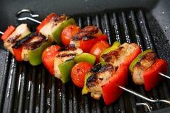 czereśniowego zielonego mięsa pieprzu czerwony skewe pomidor Zdjęcie Royalty Free