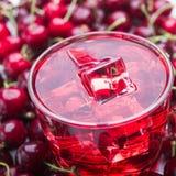 Czereśniowy sok i owoc Zdjęcie Stock