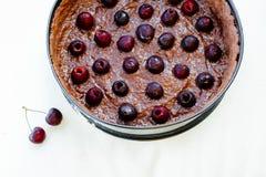 Czereśniowy czekoladowy tort Obrazy Royalty Free