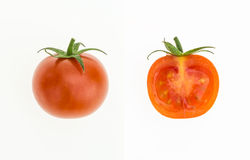 Czereśniowy pomidor i swój pionowo przekrój poprzeczny na bielu, Obraz Stock