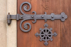 Czerepów piękni dopasowania, drewniany drzwi kościół katolicki Handmade starzy mistrzowie Zdjęcia Royalty Free
