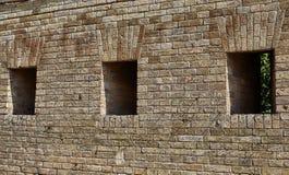 Czerep ściana z cegieł fortyfikacje Obrazy Stock