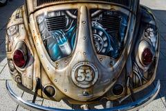 Czerep ścisły samochód Volkswagen Beetle w niezwykłym ciało obrazu aerography Fotografia Royalty Free