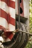 Czerep bezczynnie żuraw w theparking udziale obraz royalty free