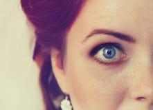 Czerep czerwona kobiety twarz z eleganckim makeup Fotografia Royalty Free