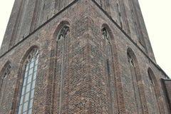 Czerep fasada budynek Bazylika Nasz dama niebo w Zwolle holandie fotografia stock